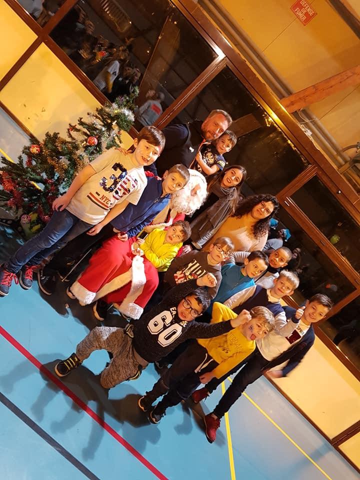 ecole de basket avec Pere noel